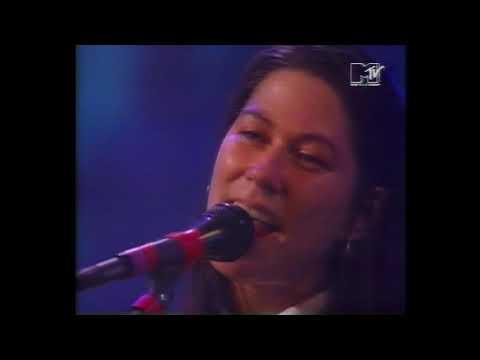 Breeders: Divine Hammer live (mid-90s)