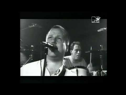 Pixies: Rock Music & Velouria Live (from MTV in the early 90s)