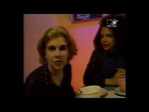 Belly interview (MTV News 1993 -ish)
