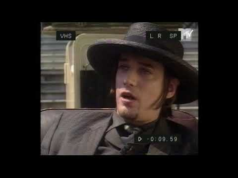 Blixa Bargeld Interview (early 90s) (bad quality recording)